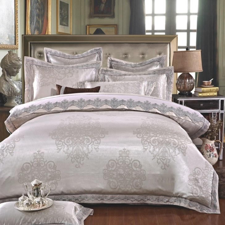 Ivarose Luxury Jacquard Silk Bed Linen Grey Silver Gold for Silver And Gold Bedroom