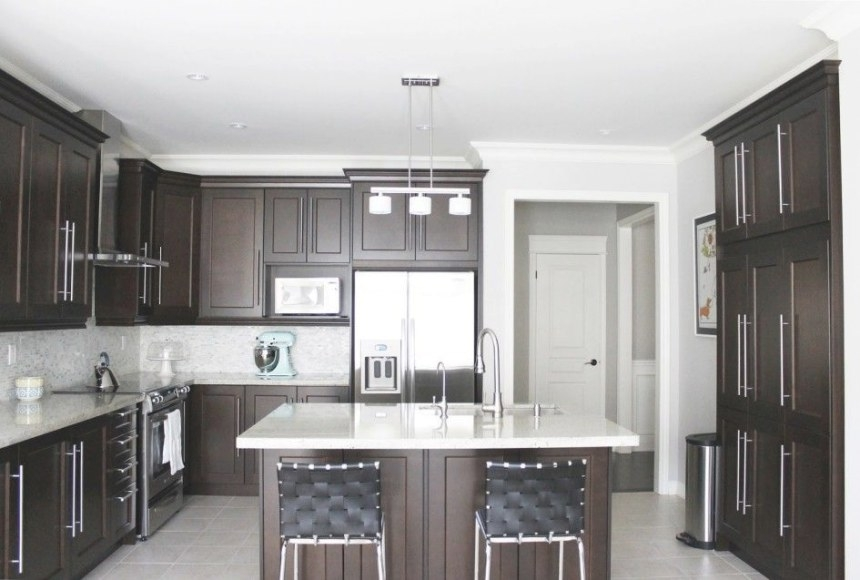 Kitchen, Modern Classic Kitchen Design With Dark Maple in Dark Brown Kitchen Cabinets