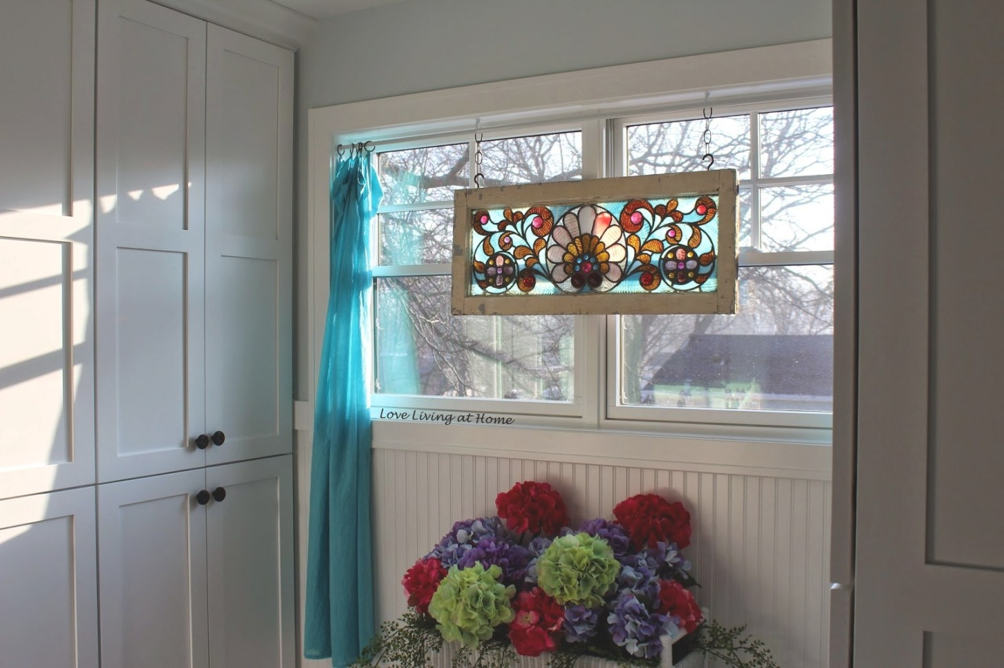 Love Living At Home: How To Get Privacy In A Bathroom Window for Small Privacy Window Bathrooms