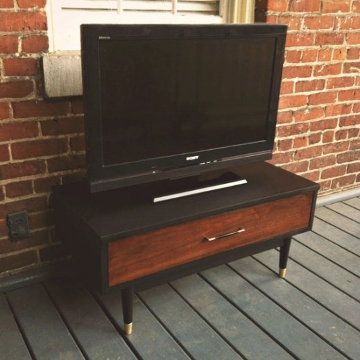 Mid Century Modern Walnut Tv Stand/Media Console in Mid Century Modern Tv Stand