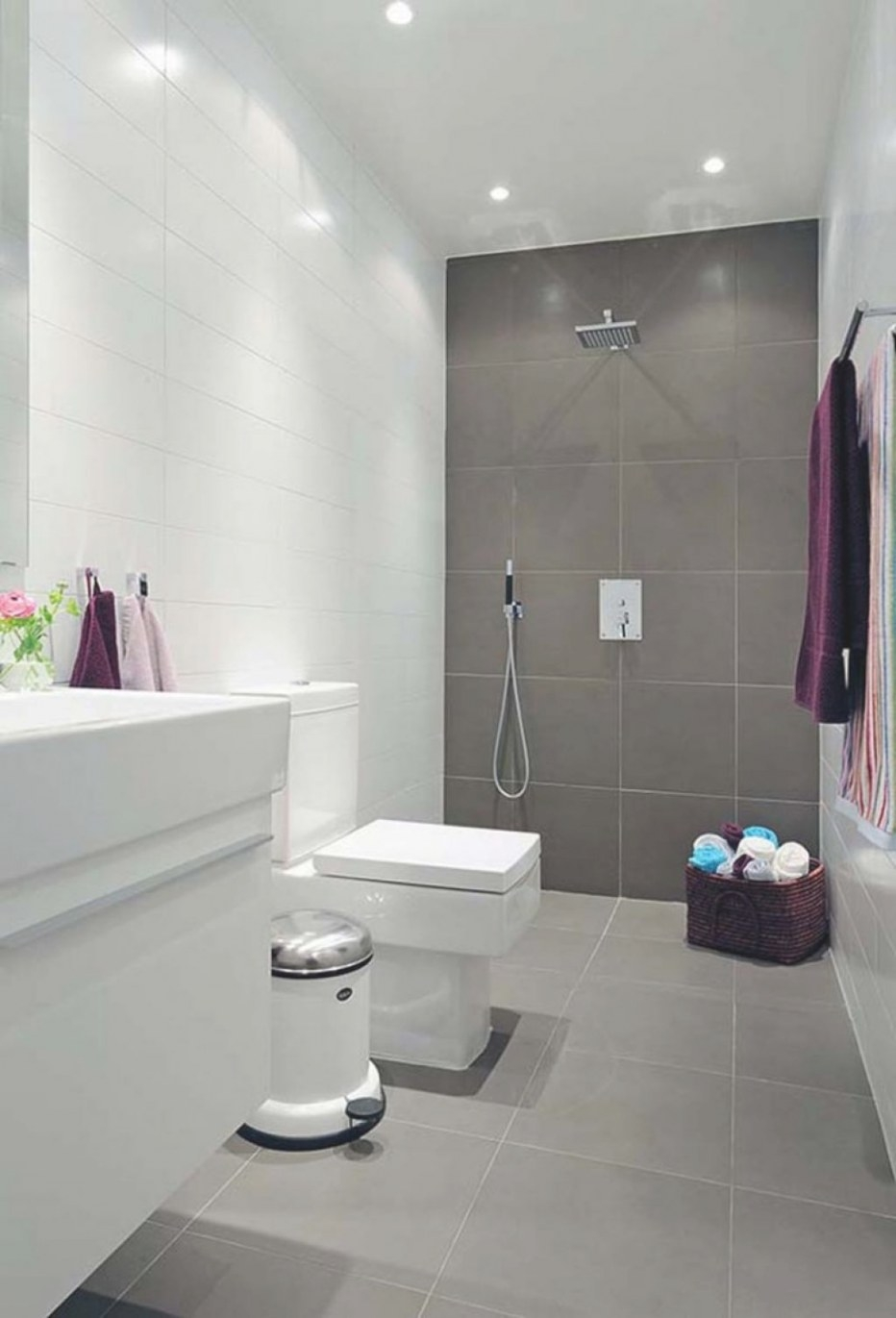 Modern Bathroom With Same Tile On Floor And Wall; Main for What Size Tiles For Small Bathroom