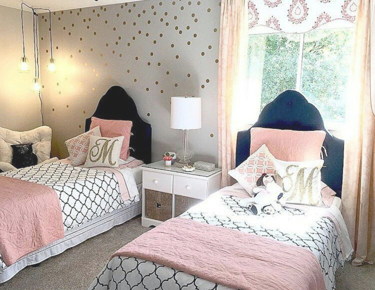 Navy, Blush, Gold In 2019 | Pink Toddler Rooms, Girls Room with regard to Navy Blue And Gold Bedroom
