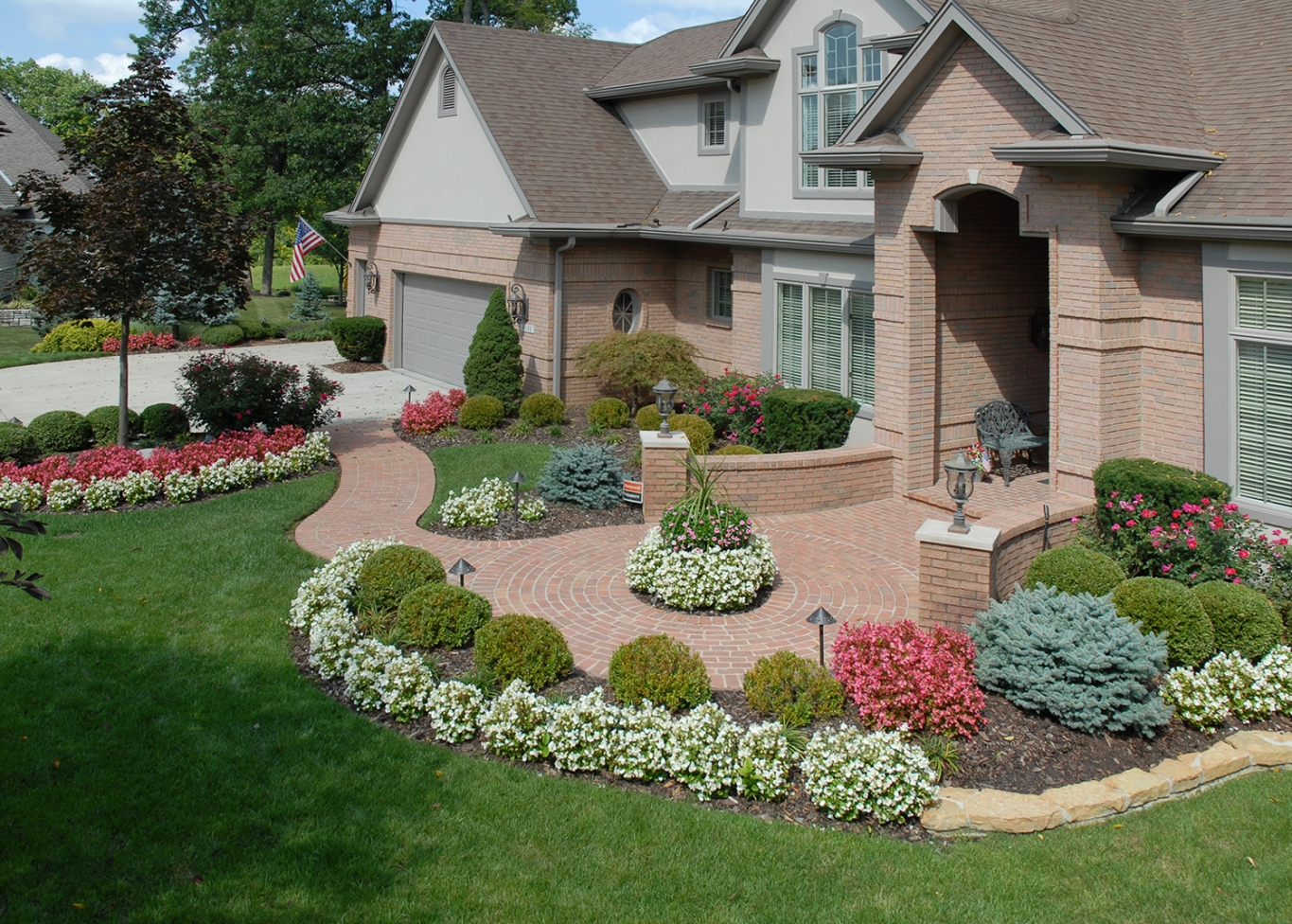 Patios & Walkways - Tinkerturf for Front Yard Landscaping Ideas