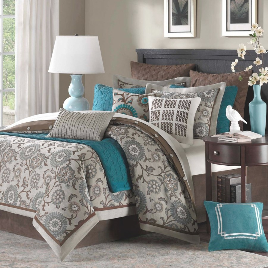 Pretty Decorations For Bedrooms, Grey And Teal Wedding throughout What Color Should I Paint My Bedroom
