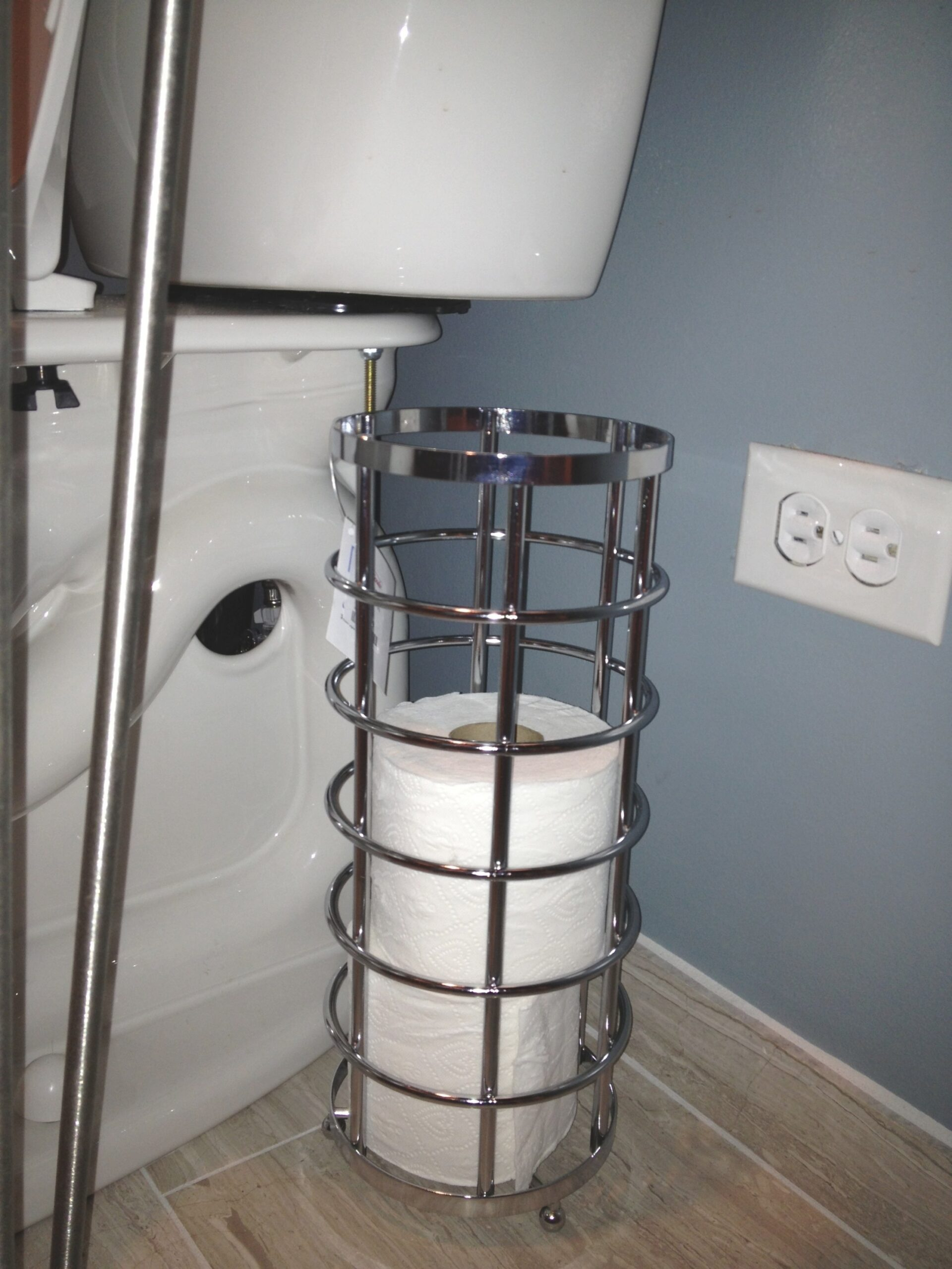 Storage For A Small Bathroom – Keeps On Ringing with regard to Where To Put Toilet Paper Holder In Small Bathroom