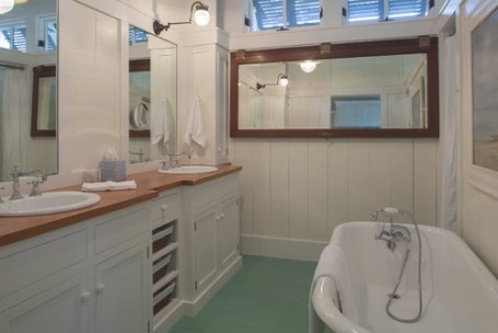 Vintage Farmhouse: Florida Cracker Style House inside What Is A Florida Bathroom