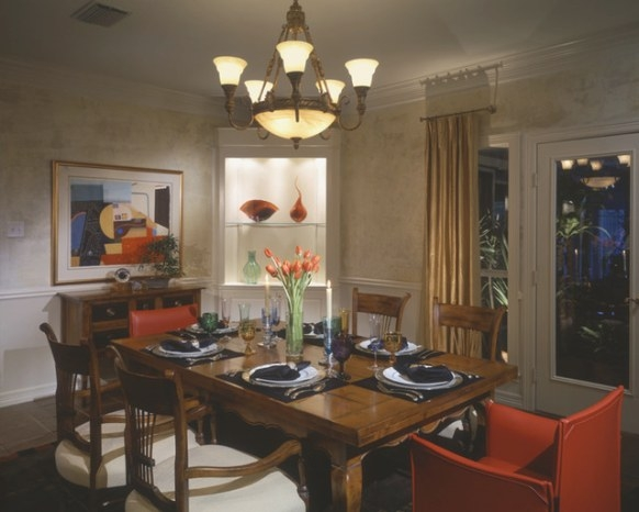 Westlake Mid-Century Modern Dining Room - Traditional in Mid Century Modern Dining Room