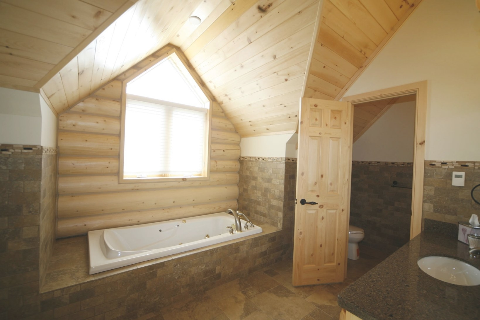 Whisper Creek Log Homes | Oke Woodsmith Building Systems Inc. with Whisper Creek Log Homes