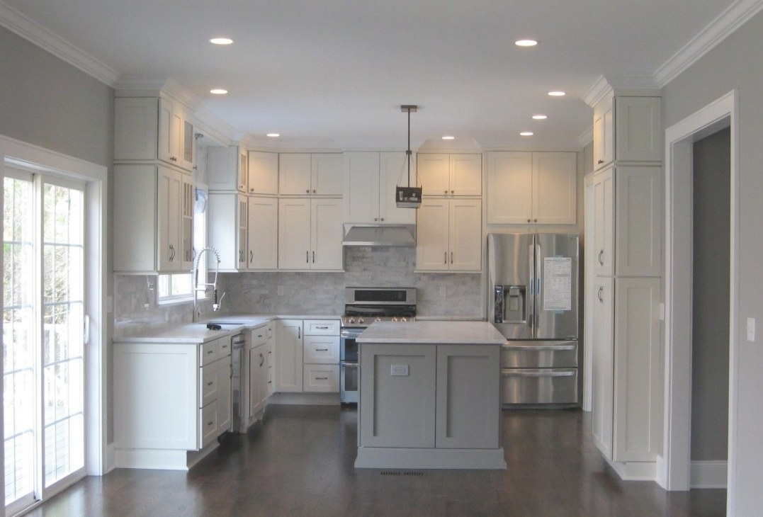 White Shaker Cabinets - Kitchen Remodeling Photos for White And Gray Kitchens