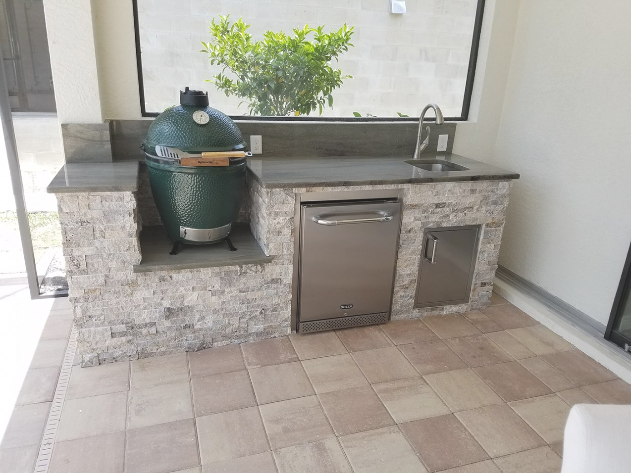 Big Green Egg In Custom Outdoor Kitchen | Sol Designers Tampa within Big Green Egg Outdoor Kitchen