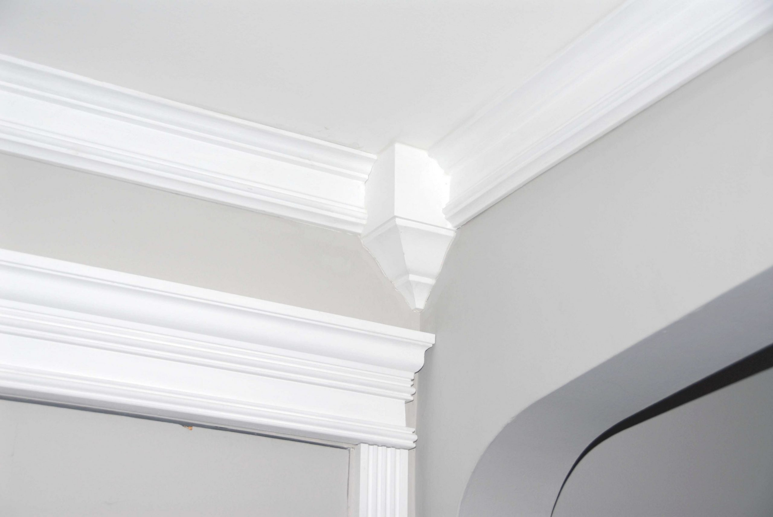 Crown Molding: Installing, Cost, Tips & Ideas 2020 pertaining to What Is Crown Molding