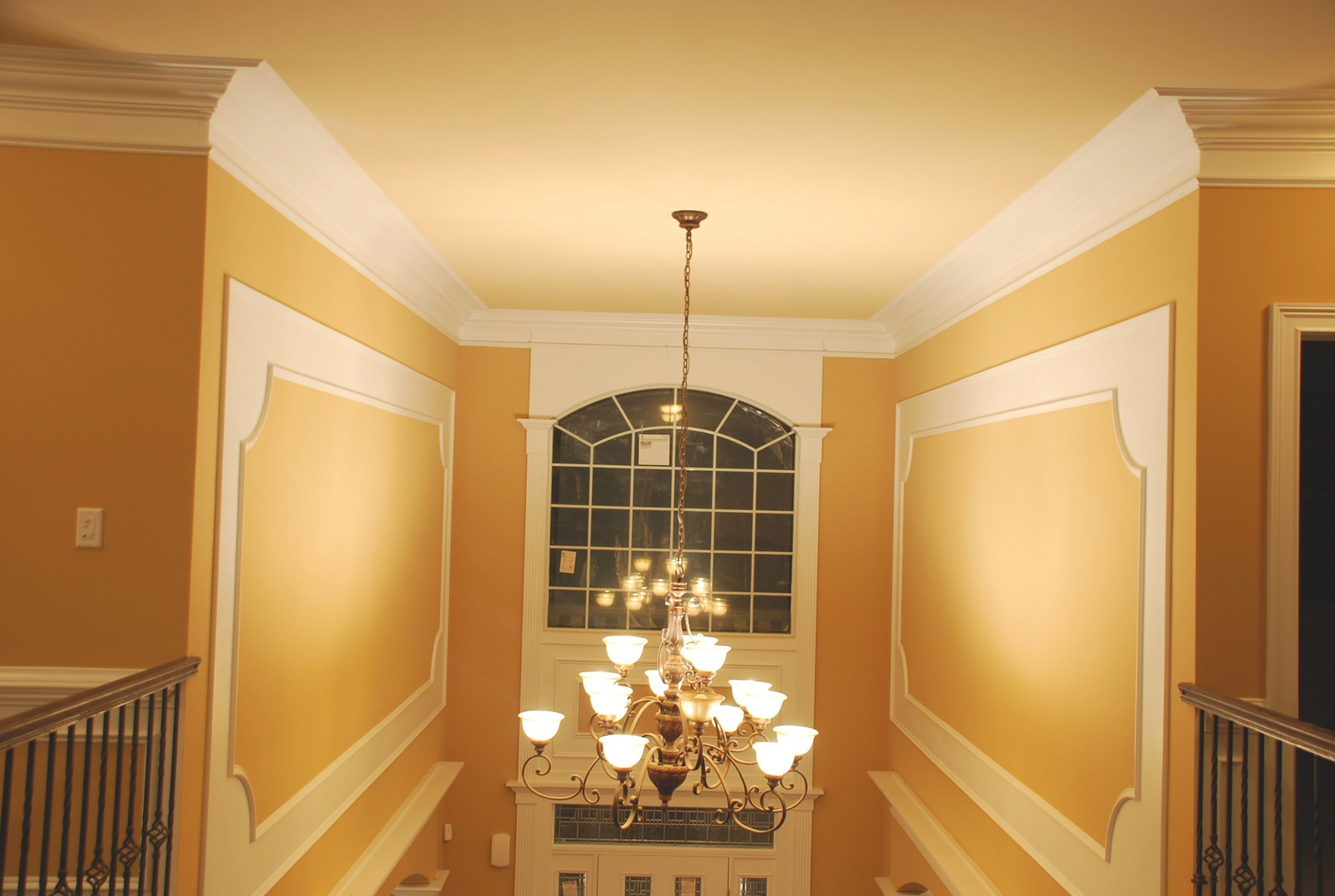 Crown Molding - Wikipedia with What Is Crown Molding
