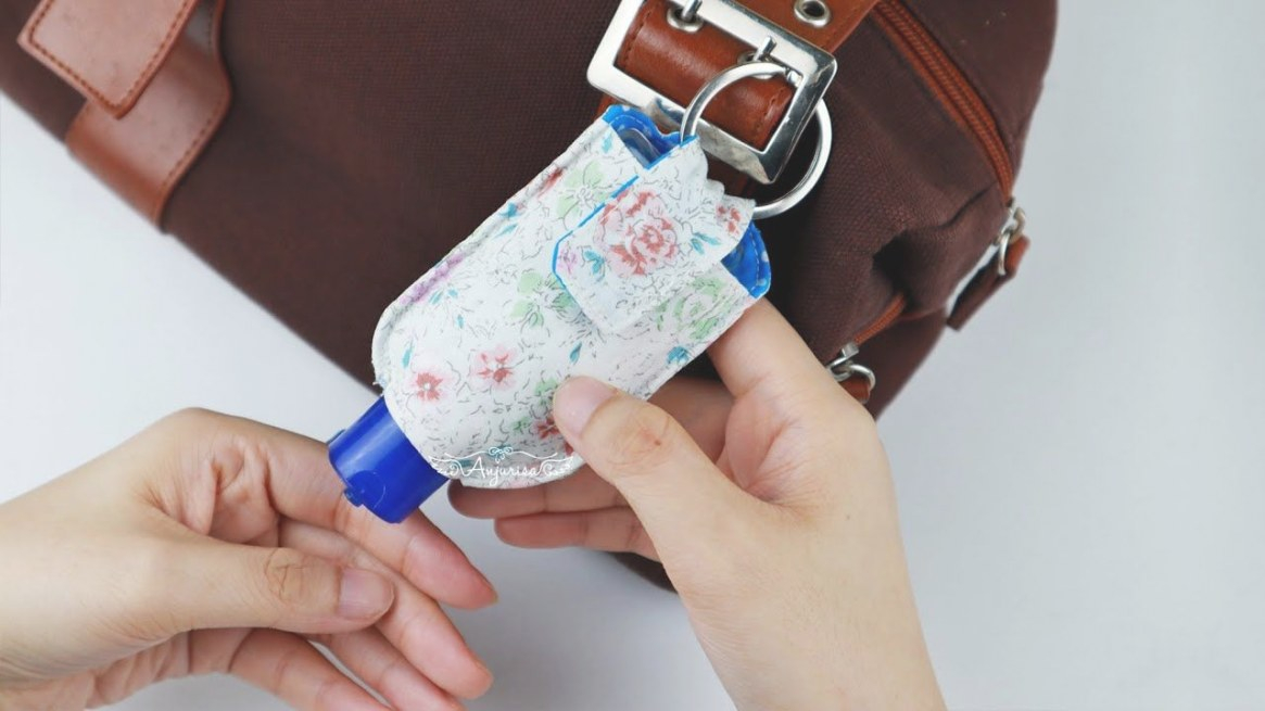 Pin On Sewing in Hand Sanitizer Holder Diy